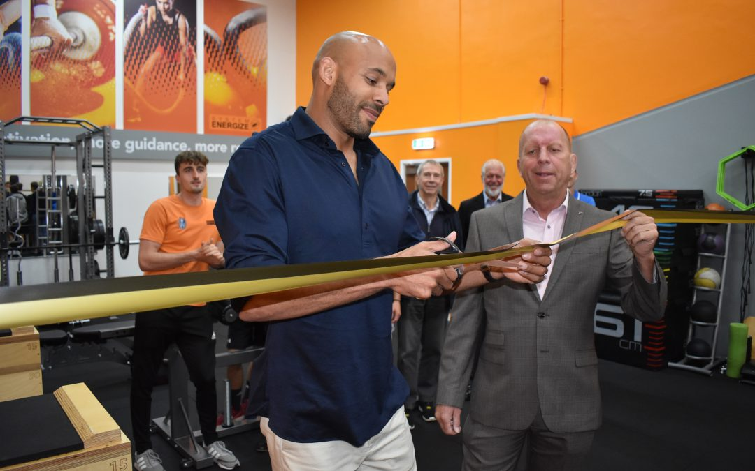 Former Wolves Star Opens 'The Pit'